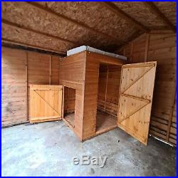BARGAIN LARGE SHED/ DOG KENNEL WITH RUN 11ft x 9ft